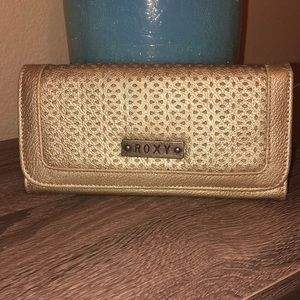 Gold Roxy wallet- Great condition!